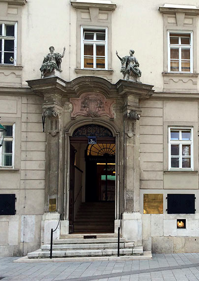 Frontansicht Bank